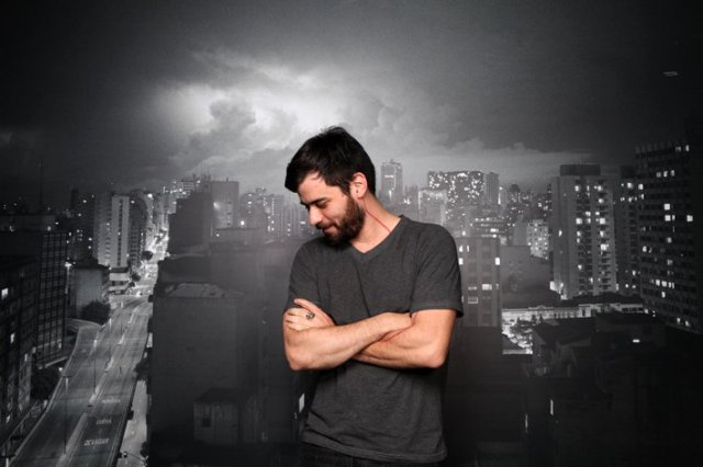 Facundo Guerra e o centro de São Paulo, lugar que conferiu identidade brasileira a esse argentino radicado no Brasil desde os 4 anos. Foto: Felipe Morozini